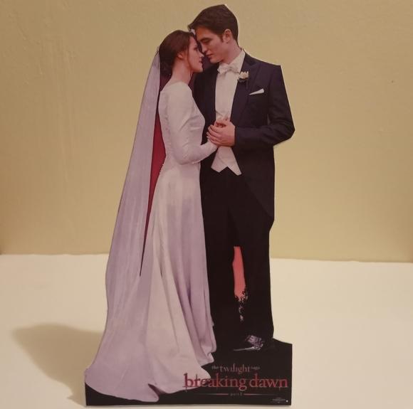 Twilight Breaking Dawn Part 1 Cardboard Cutout